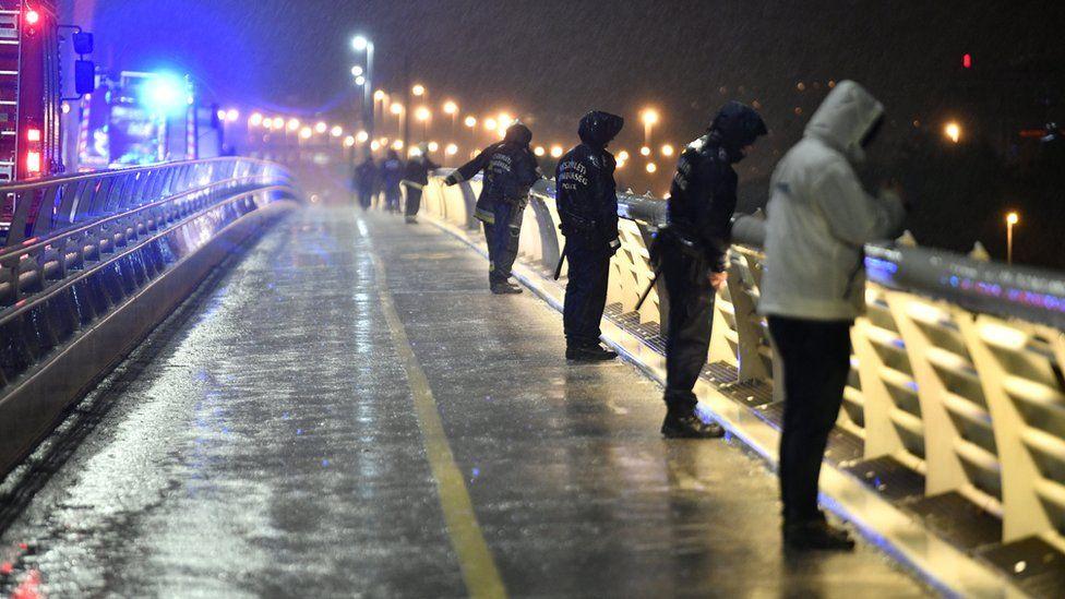 У жертв крушения туристического катера в Будапеште не было спасательных...