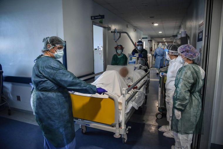 Статистика коронавируса в Украине на 5 октября: впервые за 6 дней выявил...