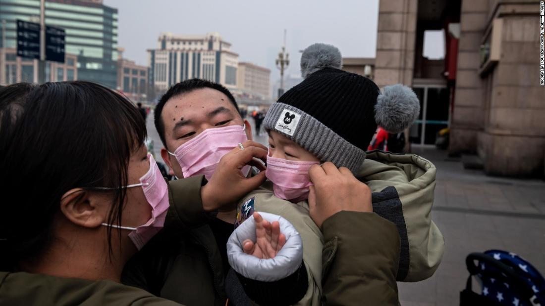 Страны Азии, справившиеся с коронавирусом, сообщают о второй волне инфек...
