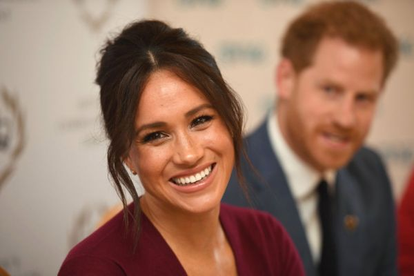 В английском языке появился глагол to Meghan Markle