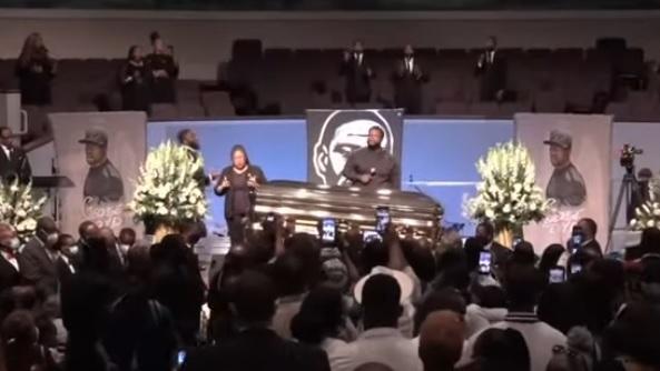 В США похоронили Джорджа Флойда
