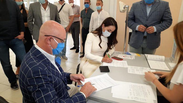 Вице-премьер Резников женился на ведущей телеканала ICTV
