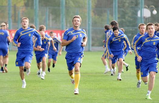 Сборная Украины получит 9 млн. долл за победу над греками, - СМИ