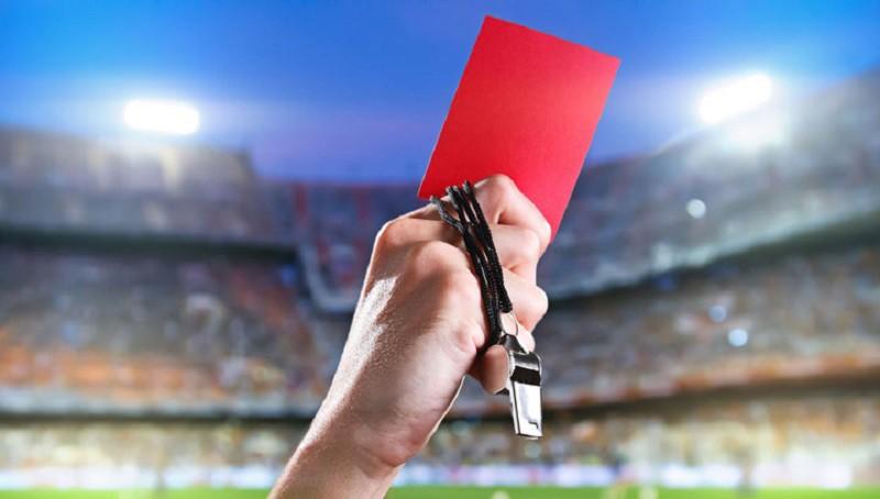 Сотрудника СБУ будут судить за прогулы ради судейства футбольных матчей
