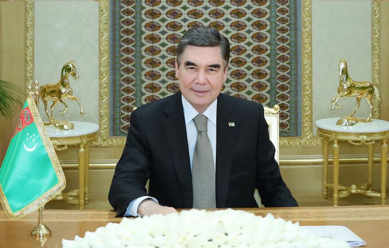Президент Туркменистана поздравил Зеленского с победой на выборах
