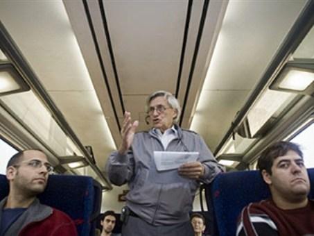 Израильские профессора начали читать лекции в электричках