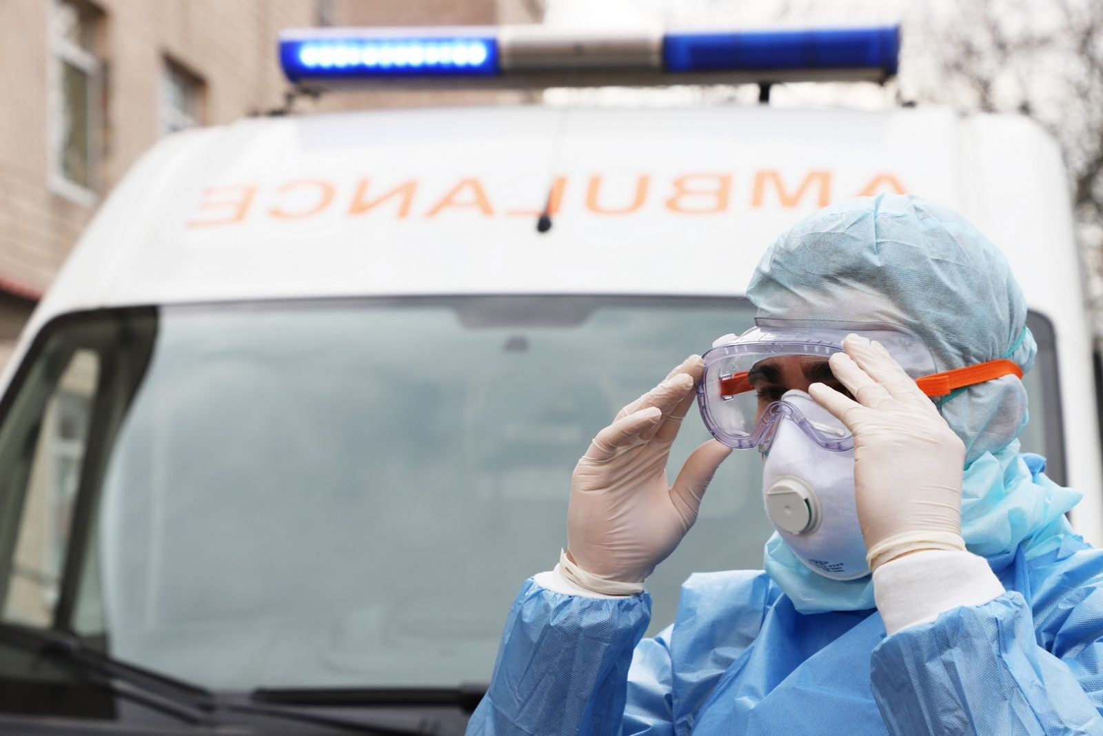 Смертность от COVID-19 вдвое ниже, чем смертность от ОРВИ и пневмоний ве...