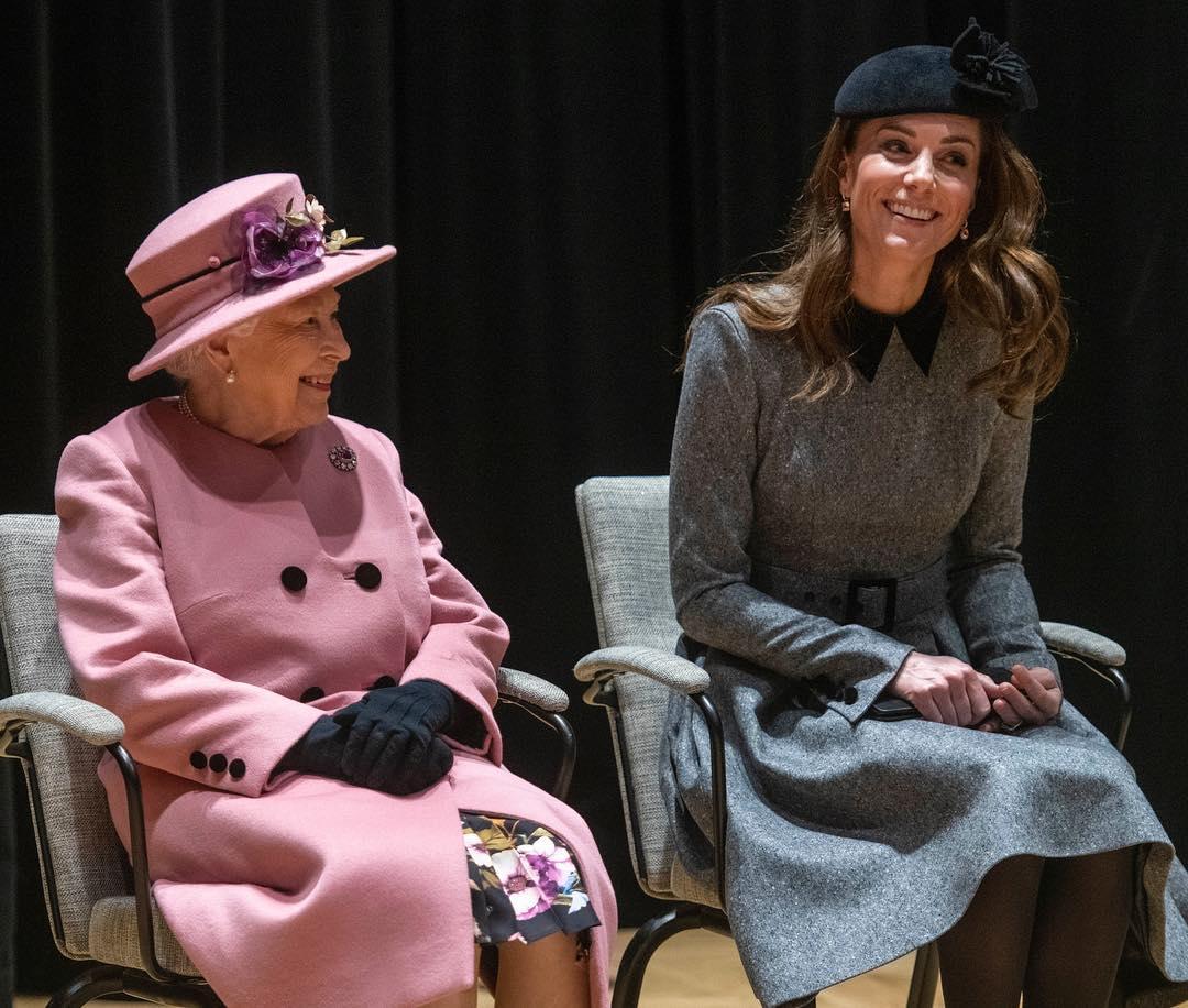 Елизавета II, Кейт Миддлтон, герцогиня Кембриджская, герцогиня Кэтрин, супруга принца Уильяма, фото