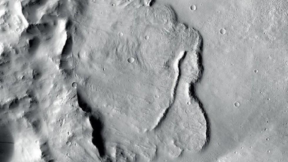 На Марсе нашли высохшие каналы грунтовых вод