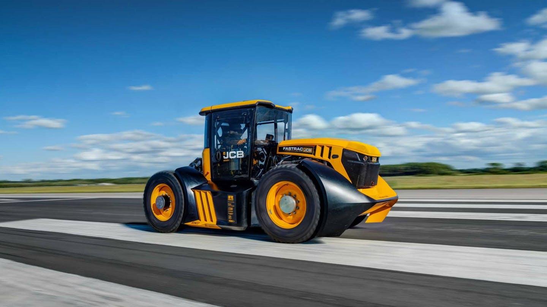 В Великобритании установили мировой рекорд скорости среди тракторов