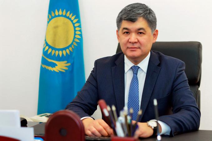 Глава Минздрава Казахстана заболел COVID-19