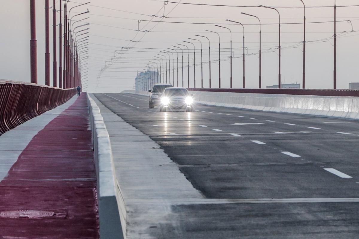 В мэрии Днепра проходит обыск по делу о реконструкции Центрального моста...