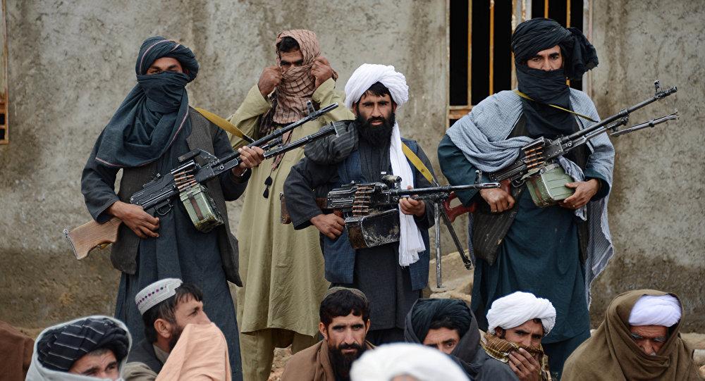 В Афганистане подорвали военную базу, погибли более 120 человек