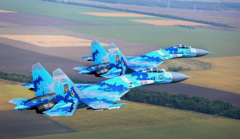 Военным летчикам подняли зарплату
