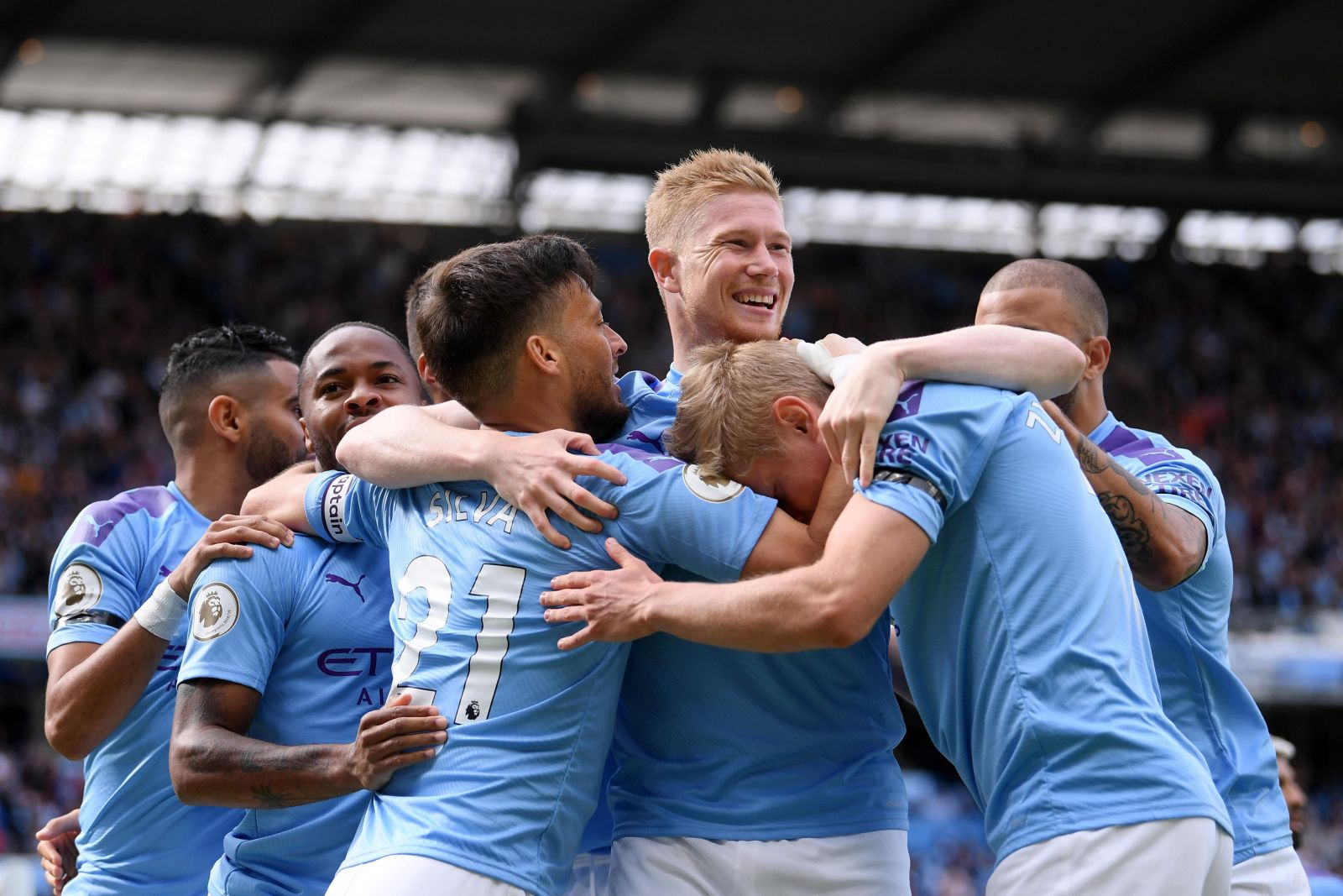 """""""Манчестер Сити"""" –  первый клуб в истории, который потратил на свой сост..."""