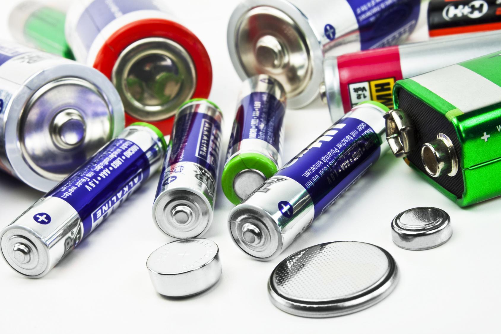 В Украине утилизируют лишь 1% использованных батареек