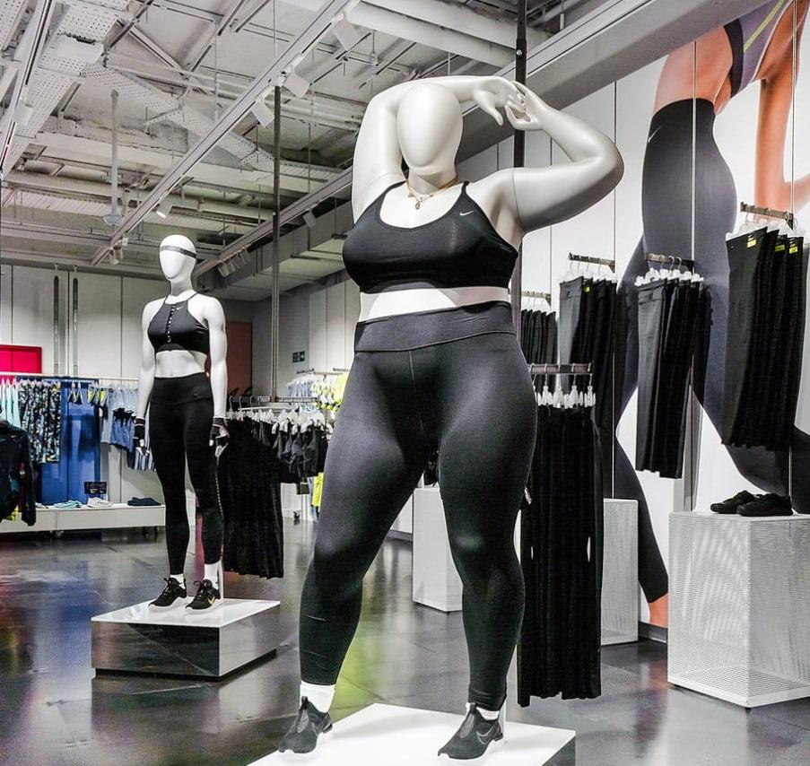 Крупнейший магазин Nike установил манекены с размером plus-size