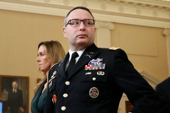 Белый дом намерен отстранить от должности ключевого свидетеля в деле по...