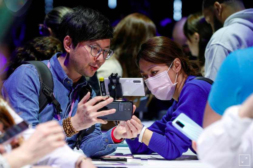 Из-за коронавируса Samsung приостановил производство смартфонов на завод...