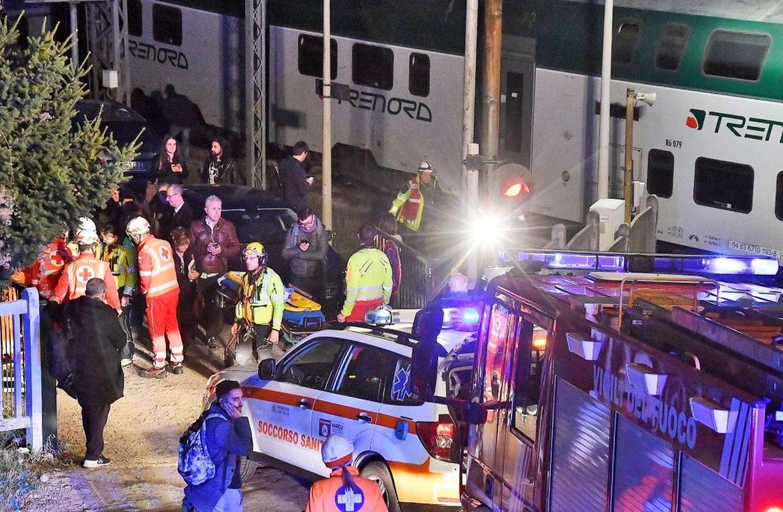 В Италии столкнулись два пассажирских поезда: пострадали 50 человек