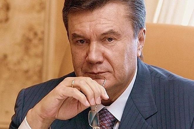 Защита Януковича опровергла заявление ГБР о вручении ему подозрения в го...