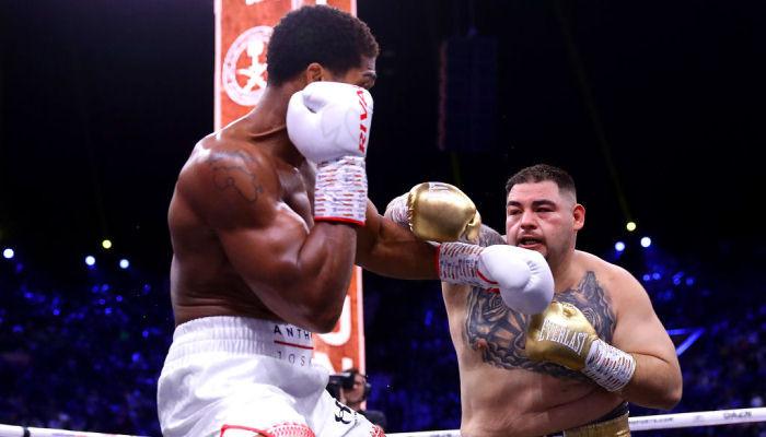 Джошуа в реванше против Руиса вернул чемпионские титулы