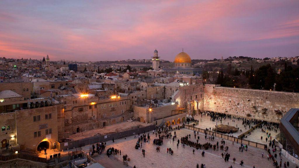 До 1 октября 2018 года можно увидеть, как выглядел Иерусалим 2000 лет на...