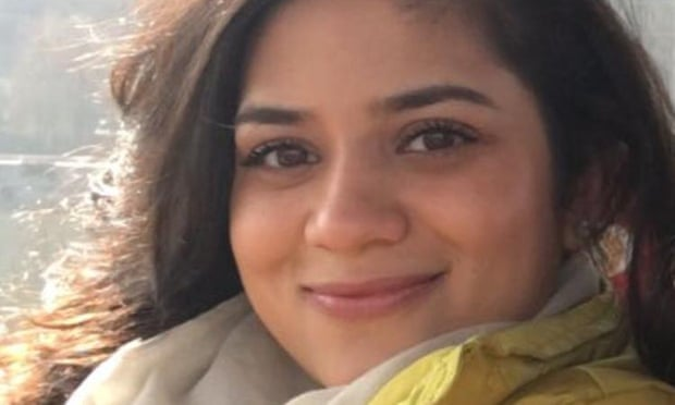 """""""Держат в клетках, как животных"""": дочь экс-министра Кашмира просит между..."""
