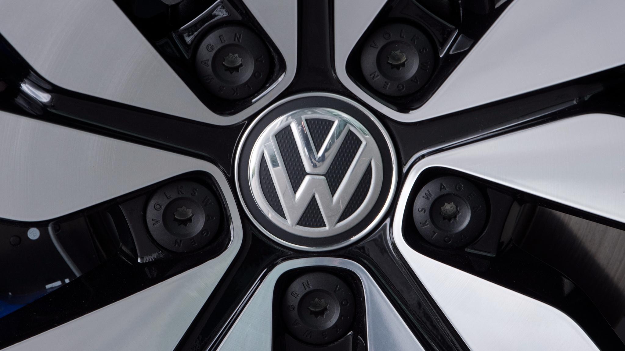 Сотни тысяч немецких водителей подают в суд на Volkswagen