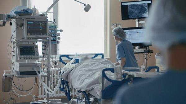 Новый антирекорд коронавируса в Украине. Увеличивается количество госпит...