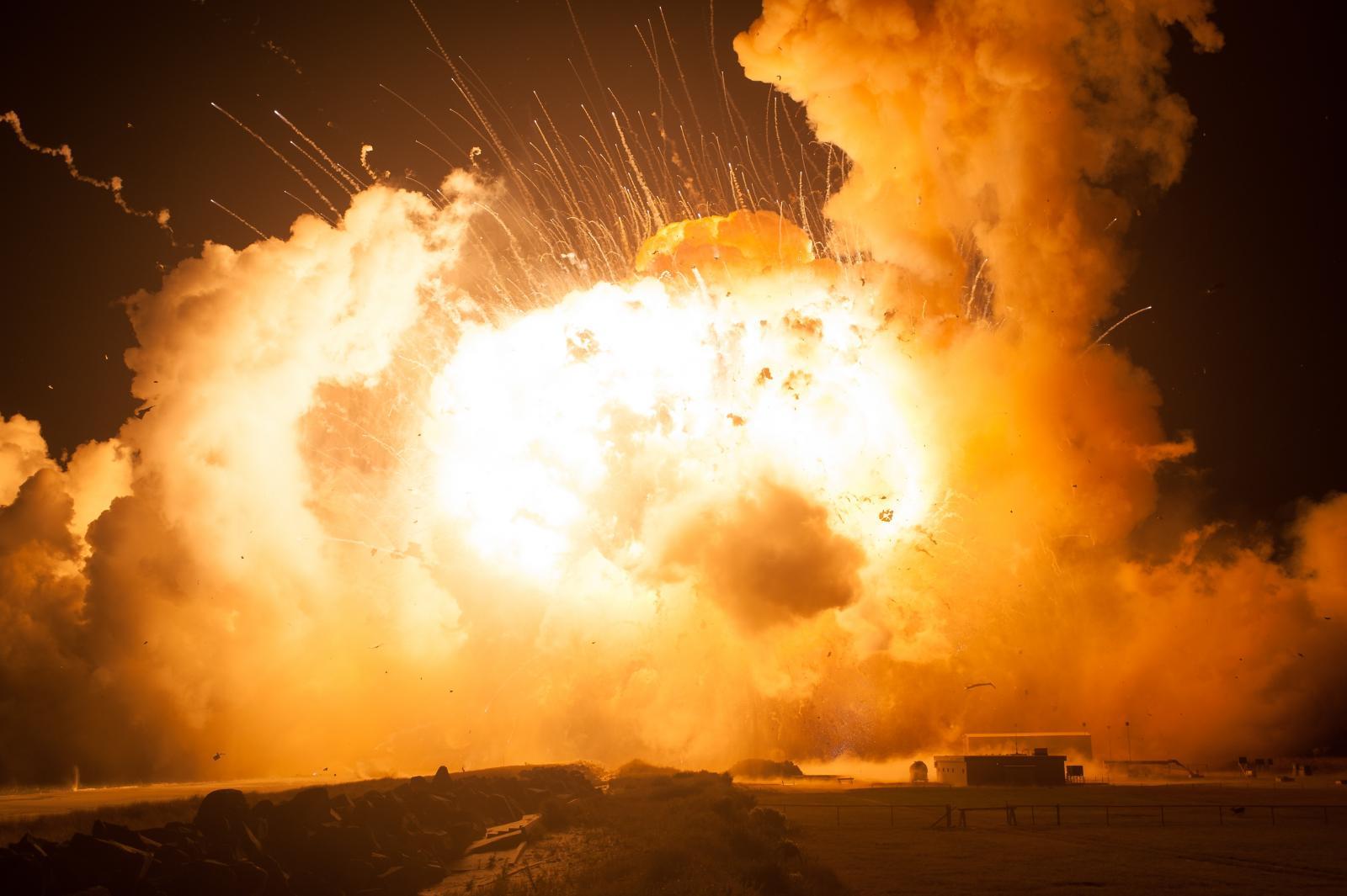 На полигоне в РФ, где произошел взрыв, могли испытывать крылатую ракету...