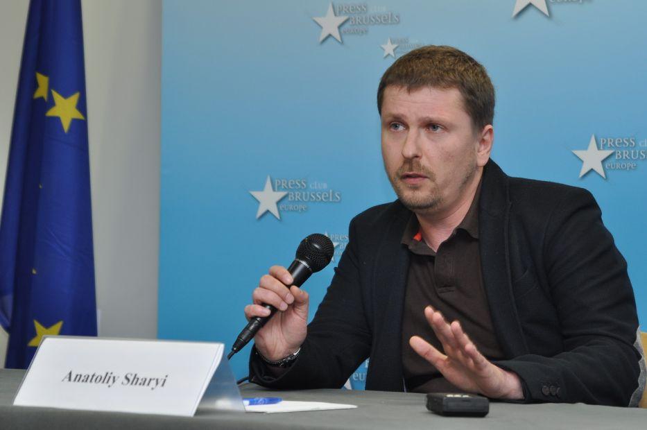 Суд отменил розыск видеоблогера Анатолия Шария