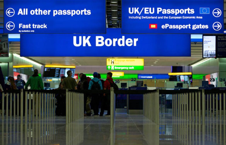 Без дешевой рабочей силы из Европы. Британия откажет в визах людям с низ...