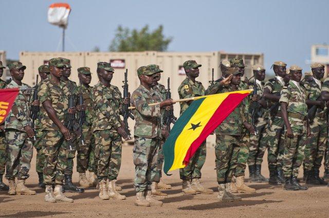 Сенегал заявил о начале вооруженной интервенции в Гамбию