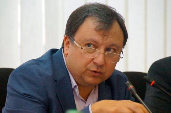 Профильный комитет одобрил языковой закон ко второму чтению