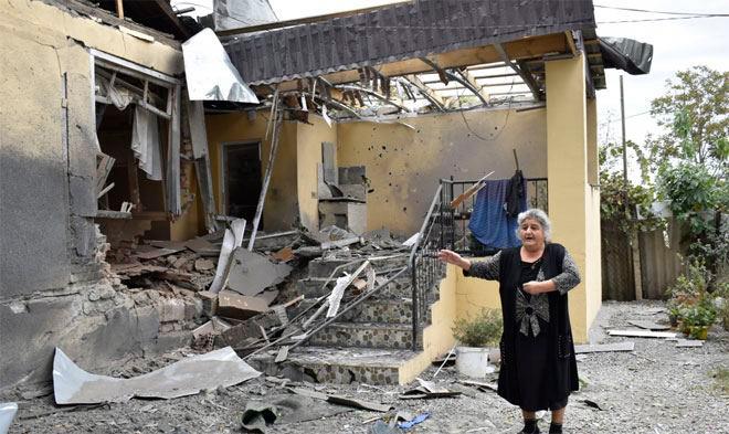 Азербайджан заявляет об обстрелах его территорий