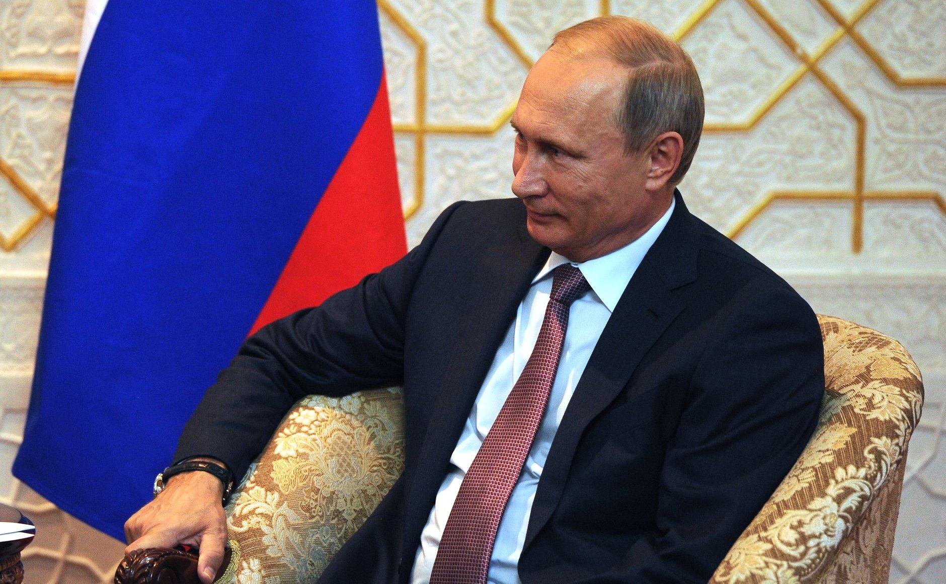 Путин по телефону поблагодарил Трампа за помощь в поимке террористов