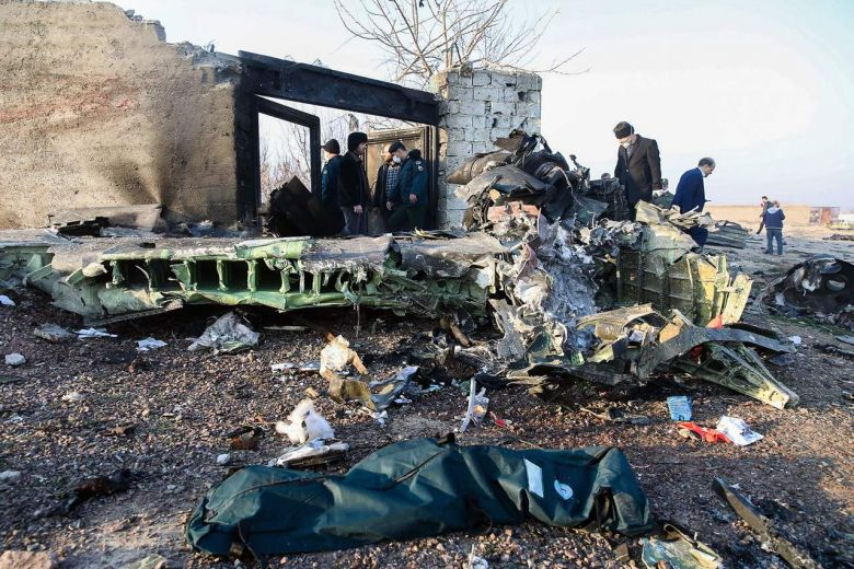 У Тегерана иранские спасатели нашли черные ящики боинга МАУ