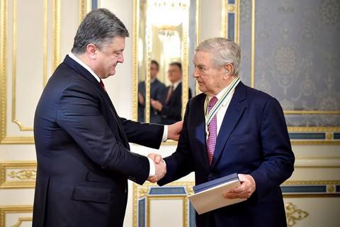 Экс-нардеп Жвания рассказал, как Порошенко внедрял иностранных агентов в...
