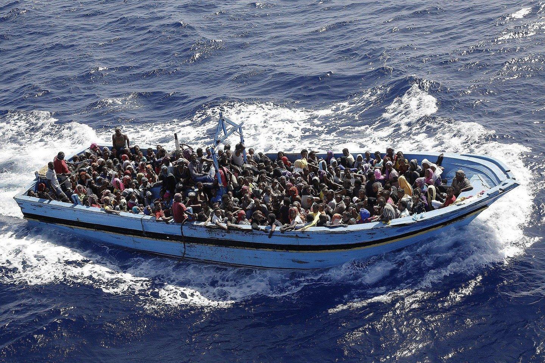 В Средиземном море спасли около 5 тысяч мигрантов за день