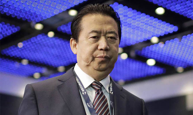 Экс-глава Интерпола Мэн Хунвэй получил 13,5 лет тюрьмы за взятки