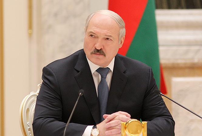 Лукашенко предложил отправить молодежь в поле на трудовое перевоспитание