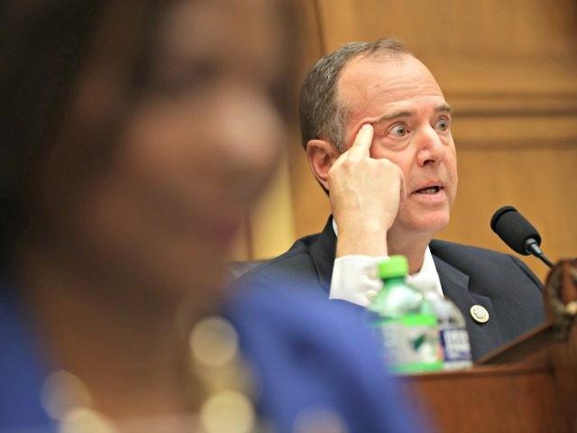 Президент США предлагает арестовать главу комитета по разведке Палаты пр...