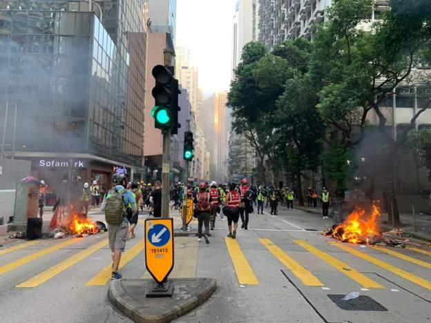 Власти Гонконга официально отозвали законопроект об экстрадиции