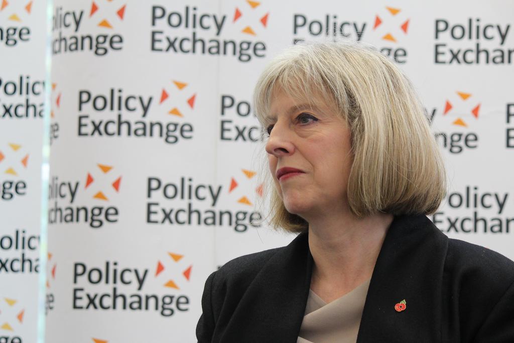 Мэй будет просить в Брюсселе отсрочку по выходу Великобритании из ЕС, -...