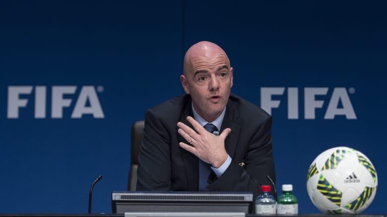 Футбол обязательно вернется, но будет совсем другим,  – президент ФИФА