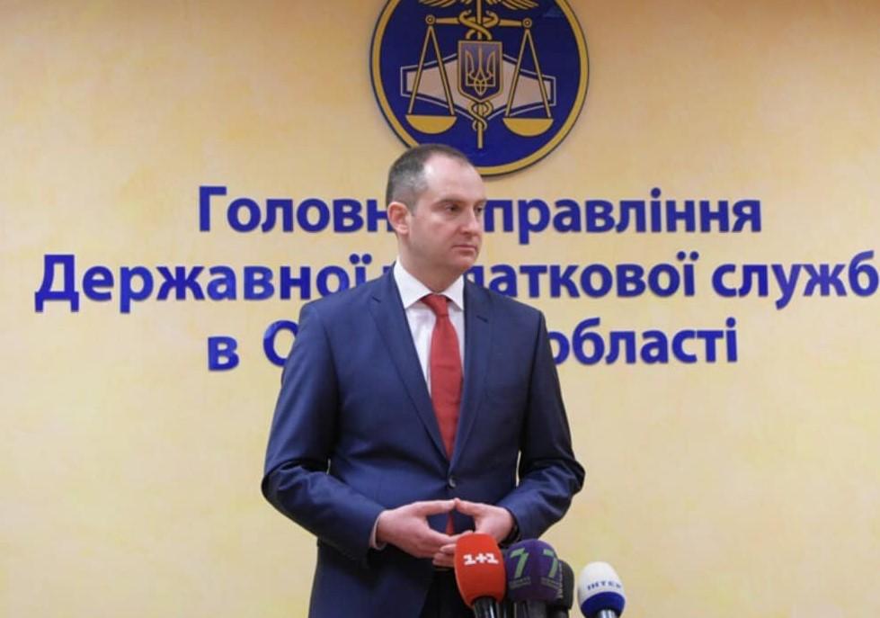 СМИ пишут об обысках у главного налоговика Украины Верланова. В налогово...