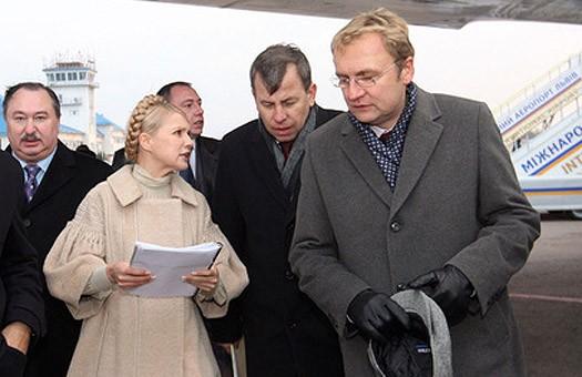 Эпидемия: Тимошенко нашла в Госкомрезерве противогазы для коней