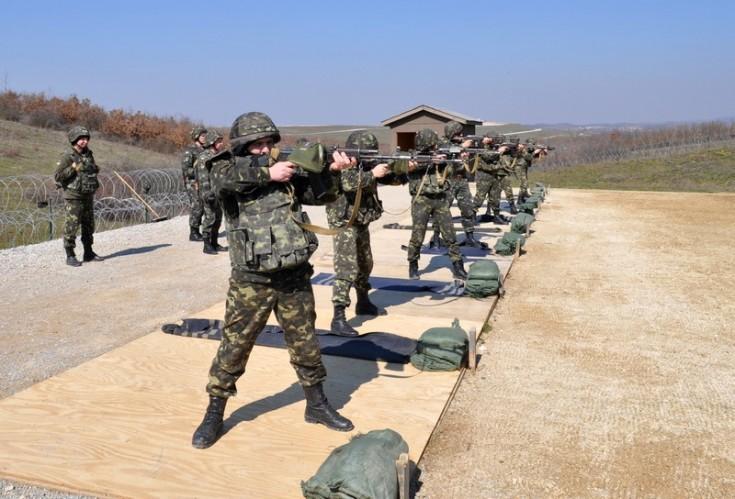 Рада разрешила командирам арестовывать солдат