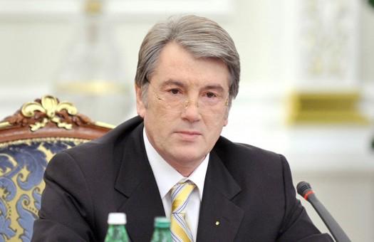 Ющенко обеспокоен участившейся стрельбой на границе с Россией